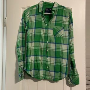Tops - Green plaid button up American eagle